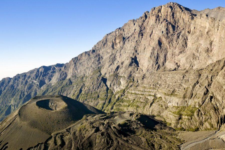 Mt Meru and ash cone. Tanzania. Africa.